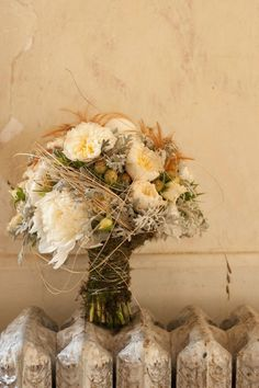 stunning country style wedding bouquet!
