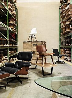 urbnite:  Eames Plywood Lounge Chair Eames Lounge and...