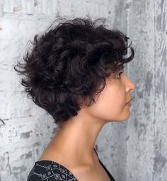Thick Curly Haircuts, Short Curly Hairstyles For Women, Curly Weave Hairstyles, Curly Hair Cuts, Short Hair Cuts For Women, Curly Hair Styles, Frizzy Hair, Black Hairstyles, Short Curls