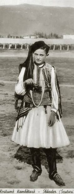 Boy in traditional dress from Shkodra/Scutari (Albania).  Late-Ottoman era, ca. 1900.
