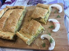 Μανιταροπιτα με τυρια!!! Sandwiches, Food Porn, Cooking Recipes, Bread, Chef Recipes, Brot, Baking, Breads