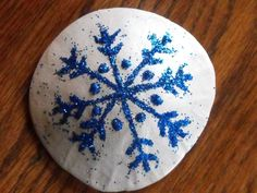 Love these sand dollars a bunch of these made up would make an awesome beach Christmas tree! Description from pinterest.com. I searched for this on bing.com/images