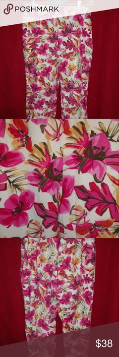 """Sigrid Olsen Beautiful Hot Pink Capris Size 10 Hot pink floral capris Mixed with white yellow and brown 25"""" inseam Lined Size 10 Side Zipper Sigrid Olsen Pants Capris"""