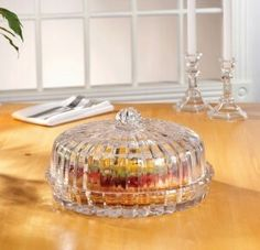 Crystal Ribbed Pie Plate and Dome