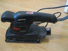 """Ponceuse électrique 160 Watts de marque """"SKIL"""". Une exclusivité www.placedelaloc.com !"""