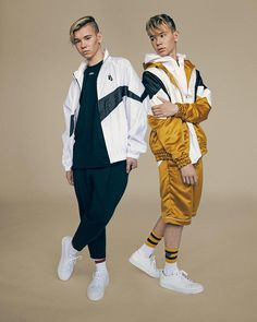 Official Marcus & Martinus online store with a wide selection of sweaters, t-shirts, caps, bracelets and much more. Buy official M&M merch from MMSTORE.