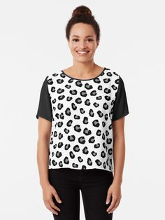 """ Wild Safari Animal Print Patterns - Black and White Leopard Print"" T-shirt by Rainbow000 