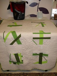 Yay...I'm enrolled in this class...now to explore! Craftsy Quilt #4