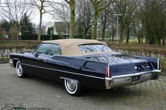 Classic Car News Pics And Videos From Around The World Cadillac Ats, Cadillac Eldorado, Cadillac Fleetwood, Chevy Classic, Classic Cars, Us Cars, Sport Cars, Convertible, Old School Cars