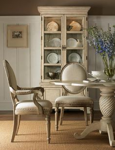 ╰☆╮Weathered White Dining