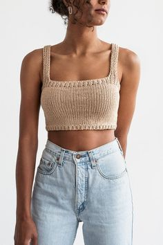 Crop Top Outfits, Mode Outfits, Fashion Outfits, Fashion Fashion, Trendy Fashion, Crochet Clothes, Diy Clothes, Gilet Crochet, Crochet Crop Top
