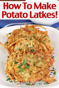 Here is an easy potato latkes recipe you can make at home if you'd like to know how to make latkes! Latkes are a traditional Jewish dish often served at Hanukkah. They are a tasty form of a potato pan Vegetable Recipes, Vegetarian Recipes, Cooking Recipes, Healthy Recipes, Passover Recipes, Jewish Recipes, Latkes Recipe Easy, Recipe For Potato Latkes, Potato Pancake Recipes