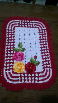 35 Coastal Minimalist Decor Ideas To Keep Now Crochet Flower Patterns, Afghan Crochet Patterns, Crochet Designs, Crochet Flowers, Crochet Stitches, Knitting Patterns, Crochet Books, Crochet Home, Crochet Doilies