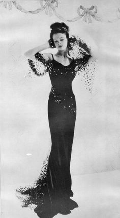 Vivien Leigh, Vogue, 1933 // photo by Cecil Beaton More