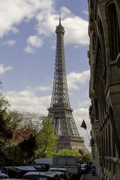 Tour Eiffel , Paris