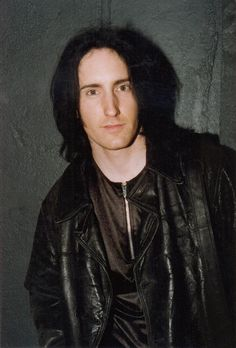 Trent Reznor Weekend Film, Skinny Puppy, Julian Casablancas, Trent Reznor, Nine Inch Nails, Band Pictures, Alternative Music, Pretty Men, Documentary Film