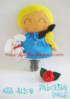 """Fabulita Dolls muñecas hechas a mano con el patrón del maravilloso libro """"Tilda's box toys"""" de Tone Finnange TILDA SWEETHEART Edición numerada #33 Alice   Alicia en el pais de las Maravillas Alice in wonderland CONTACTO: carmenmissfabulas@gmail.com"""