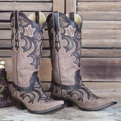 Corral Ladies Snip Toe Studded Inlay Boot - Brown/Chocolate G1185
