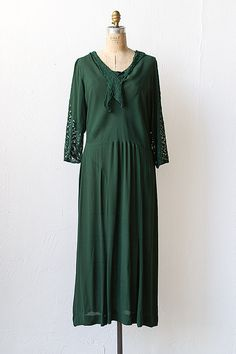 vintage 1930s hunter green lace sleeves dress