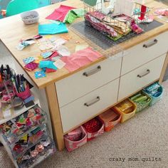 What do you do with all of your scraps? Here are some awesome scrap storage tips.