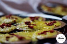 #Placki czekoladowe w sosie pomarańczowym z nutą chili #Przepis na blogu: http://www.jagodowyfitstyl.pl/2015/03/niech-zywnosc-bedzie-twoim-lekarstwem.html #słodycze #naleśniki #bezcukru #bezmąki #polskie #przepisy #zdroweodżywianie #jedzenie #śniadanie