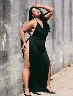 """Never Holding Back Search: """"Peekaboo Maxi Dress"""" Tag & to get like Thick Girl Fashion, Plus Size Fashion For Women, Curvy Women Fashion, Womens Fashion, Fashion Fashion, Fashion Trends, Thick Girls Outfits, Curvy Girl Outfits, Looks Plus Size"""