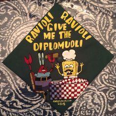 Clever Graduation Cap Ideas Spongebob graduation cap decorations - how fun! Funny Graduation Caps, Graduation Cap Designs, Graduation Cap Decoration, Graduation Diy, Funny Grad Cap Ideas, Spongebob, Grad Hat, Cap Decorations, Grad Parties