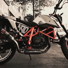 My bike, KTM Duke 690 R