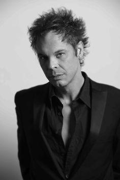 Ian Thornley - Big Wreck by Richard Sibbald, via Behance To My Future Husband, Bands, Guitar, Behance, Rock, My Favorite Things, Big, Music, People