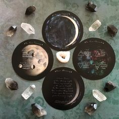 Spirit de la Lune info cards Lotus, Love Oracle, Waxing And Waning, Air Fire, Well Thought Out, Oracle Cards, Full Moon, Phoenix, Tarot