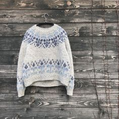 Ravelry: Florarium Sweater pattern by Teti Lutsak Fair Isle Knitting Patterns, Fair Isle Pattern, Knitting Designs, Knitting Projects, Knitting Tutorials, How To Start Knitting, How To Purl Knit, Vintage Knitting, Hand Knitting