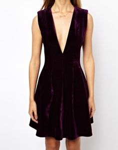 kinda want to wear this ... that's right ... plunging neckline in velvet