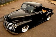 Chevy trucks aficionados are not just after the newer trucks built by Chevrolet. They are also into oldies but goodies trucks that have been magnificently preserved for long years. 1949 Chevy Truck, Classic Chevy Trucks, Chevrolet Trucks, Gmc Trucks, Cool Trucks, Pickup Trucks, Cool Cars, Classic Cars, Diesel Trucks