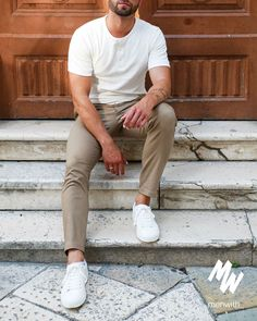 Men Street Look, Khaki Pants, Casual, Books, Instagram, Style, Fashion, Street Styles, Clothing