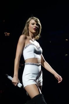Taylor Swift The 1989 World Tour Live In Amsterdam