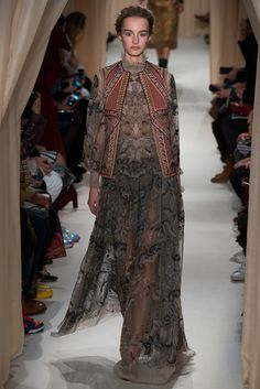 Valentino Spring 2015 Couture Fashion Show - Maartje Verhoef (Women)