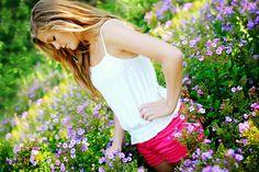 Mad Photo & Design | Le Mars, IA Portrait Photography | Senior Girl Photo garden