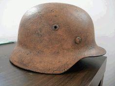 ORIGINAL GERMAN WW2 M35 STEEL COMBAT HELMET, SE62, 3231 TEXTURED TAN CAMO. RARE | Militaria | WARSTUFF
