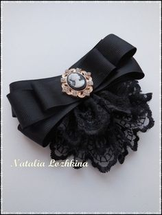 Black bow brooch tie for women. Ribbon Jewelry, Ribbon Art, Ribbon Crafts, Ribbon Bows, Diy Jewelry, Jewelery, Jewelry Accessories, Jewelry Making, Making Hair Bows