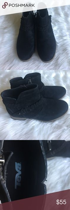 Teva De La Vina Suede Ankle Boot These boots are BRAND NEW NEVER WORN other than to try on. Great addition to your fall and winter wardrobe Teva Shoes Ankle Boots & Booties