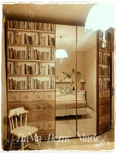 Restyling armadio con carta da parati vintage