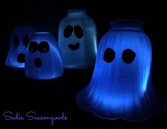 Glass light covers from Habitat ReStore are PERFECT for upcycling into a Ghost Light for your Halloween decor. And they only take a few minutes to create! Easy Halloween Crafts, Halloween Ghosts, Fall Halloween, Holiday Crafts, Halloween Decorations, Halloween Ideas, Halloween Party, Holiday Ideas, Halloween Projects