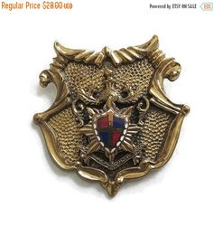 ❘❘❙❙❚❚ CIJ SALE ❚❚❙❙❘❘   This is a really wonderful Vintage Heraldic Crest Shield Brooch or Pendant!  This piece is probably pre 1940s, and is super intricate in its desi... #teamlove #ecochic #vogueteam