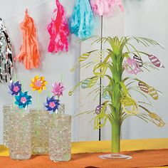 Easter Party Idea | Transform your Easter party decorations into something spectacular with these quick and easy Easter decorating ideas. #Easter #decorations #party