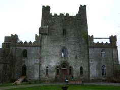 """""""Leap Castle (Ireland): The Leap Castle is reportedly one of the most haunted castles in the world."""" And yet, so pretty!"""