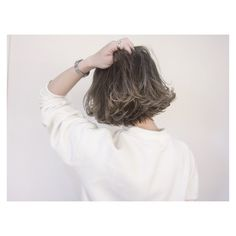いいね!345件、コメント10件 ― 宮地のりよしさん(@miyachinoriyoshi)のInstagramアカウント: 「✂︎SHACHU HAIR✂︎ ショートボブ✖️グラデーションカラー @emi_m0328 さんいつもありがとうございます⭐️ #shachu#hair#ヘアカラー#グラデーションカラー」