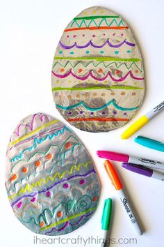 Tin Foil Easter Eggs:  With cardboard, foil, and different colored Sharpies, your kids can let their creativity shine by decorating their own Easter eggs.