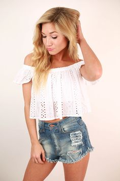 Show off your playful side in this adorable crop top! Pair it with high waist cutoffs or even a floral skirt!