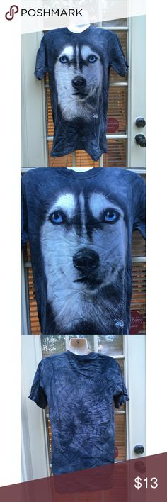 🎉HP 11/6 ✨Vintage wolf face unisex 90's t-shirt - Awesome Vintage wolf face unisex 90s t-shirt  - Totally awesome vintage 90s t-shirt with a massive wolf face smack dab in the center  - Lots of shirts like this popular in the early 90s  - In great condition, barely worn  - Other than wolf face, the t-shirt is gray and white tie dye pattern  - Unisex t-shirt  - Brand: Vintage  - Size: S but fits S-M  *20% off 2+ * Make me an offer!! Vintage Tops Tees - Short Sleeve