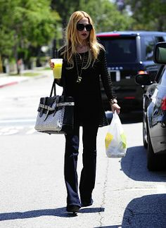 Rachel Zoe sipping on some of our lemonade!